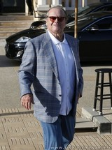 Jack Nicholson shops at Barneys (March 21st, 2014)